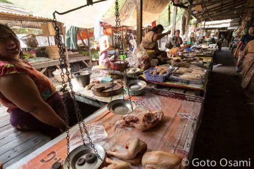 鶏専門の肉屋
