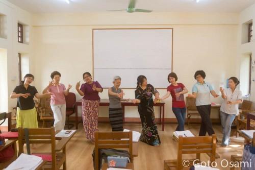 Mya Nandar の踊り