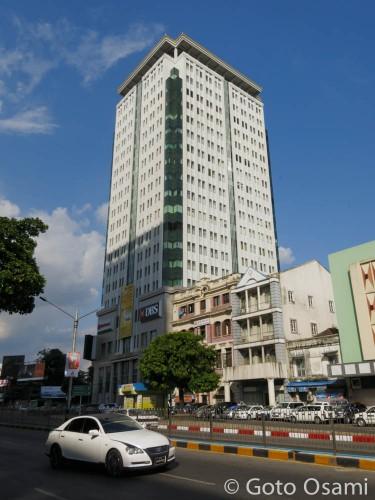 ヤンゴンで一番賃料の高いサクラタワー