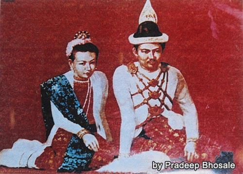 ティーボー王とスーパヤラッ王妃